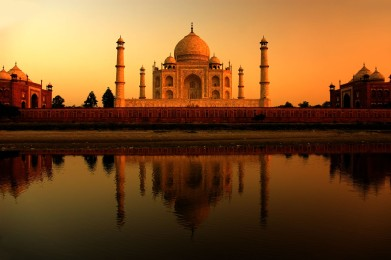 Taj Mahal, Bukti Cinta Shah Janan untuk Istrinya (Pic: webneel.com)
